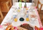 bressuire-chambres-dhotes-le-clos-des-hardilliers-petit-dejeuner