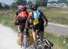 Touristes sportifs sur la voie verte