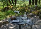 Gîte Durocher-St Denis les Martel-table jardin