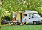 Aire camping-car  - camping les Cournoulises_06 © Lot Tourisme - C. ORY