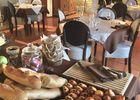 Hotel-les-Vieilles-Tours-Rocamadour--salle-des-petits-dejeuners