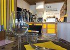 FastHôtel - Salle de restauration et petit déjeuner