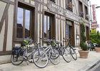 hotel-restaurant-le-tadorne-galerie-parking-velos