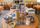 petit-dejeuner-hotel-le-saint-nicolas-2