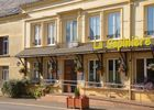 """Hôtel """"La Sapinière"""""""
