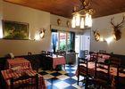 arc en barrois restaurant coq argent interieur trophees.