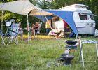 Camping Huttopia Le Colombier à Moyaux Caravane