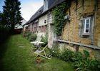 Delphine Zangs Chambre d'hôtes à Glos prés de Lisieux vue exterieure maison