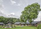 HOTEL ABBAYE - jardin - TRONCHET