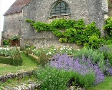 jardin-prieure-pargues-aube-ce-magnifique-jardin-que-avez-visite_286323.jpg