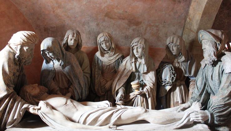 Mise au tombeau du maître de Chaource - Eglise St Jean Baptiste de  Chaource.JPG