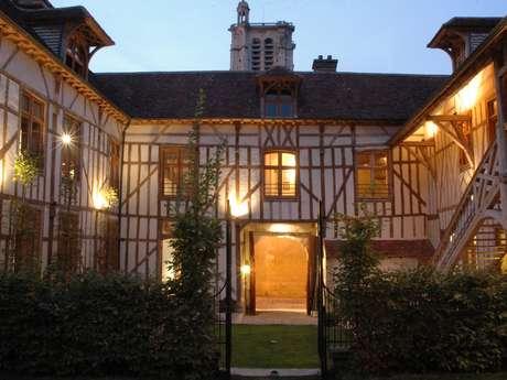 RESTAURANT DE L'HOTEL LA MAISON DE RHODES