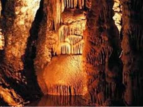 Excursion en minibus - Voyage en Cabardes Minervois - Au pays des Grottes et du Marbre