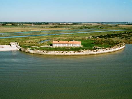 Itinerary 12- The Fort Lapointe or the Marais de la Cabane 6.2 mi - 1h30