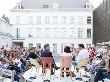 Festival au Carré -  Causerie: fin du capitalisme