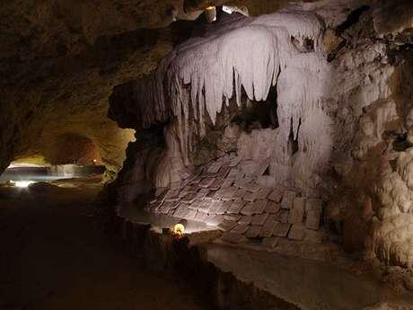 Les Grottes pétrifiantes de Savonnières - Villandry