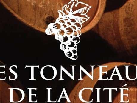 LES TONNEAUX DE LA CITÉ