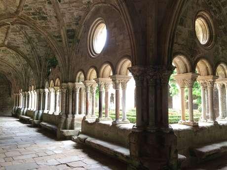 Excursion partagée en minibus - Journée - Abbaye de Fontfroide & village de Lagrasse - F/GB