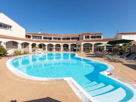 HOTEL LE GRAND LARGE