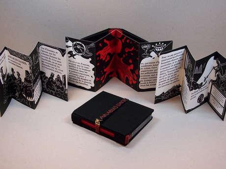 """Exposition """"Lire en trois dimensions"""""""