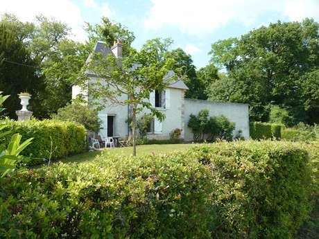 Cottage du Parc et Château de Beauregard