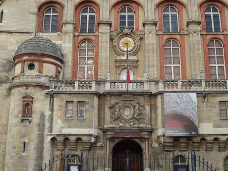 Le Château et le Musée d'Archéologie nationale