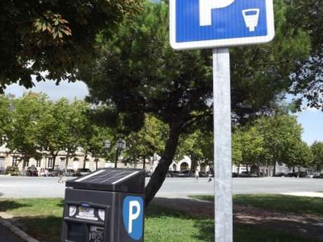 PARKING DE LA COURTINE