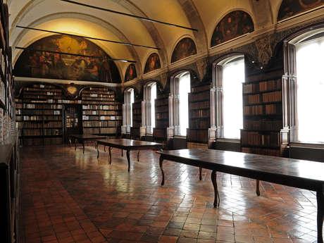Bibliothèque de Valenciennes et église St Nicolas