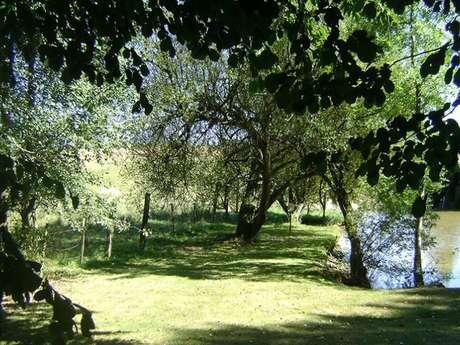 """Camping Naturiste en Mayenne""""Mayenne-Nature"""""""