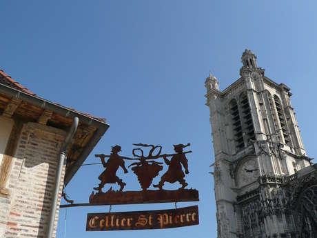Les cours d'œnologie du Cellier Saint Pierre - Le service du vin