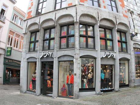 J&Joy Mons