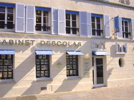 Cabinet Descolas