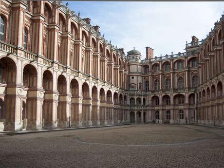 Cour et Chapelle du Château de Saint-Germain-en-Laye
