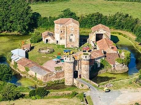 Les douves du château de Sanzay