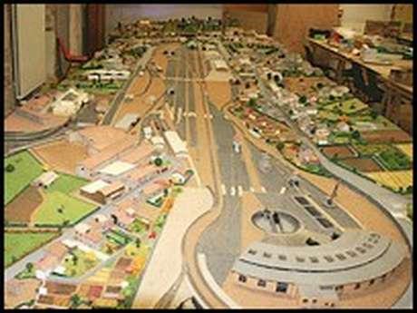 Maquette Ferroviaire Animée