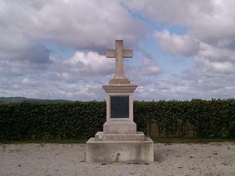 Monument de Gironde à Vivières