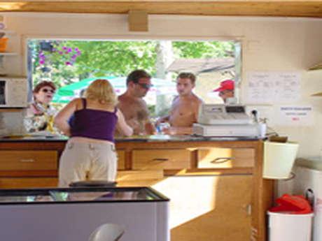 Camping du Lac de Monampteuil