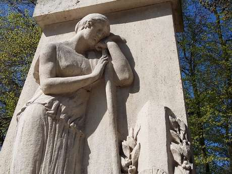 Monument passant arrête-toi