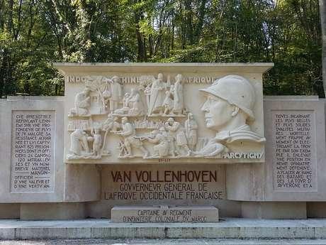 Mausolée Van Vollenhoven