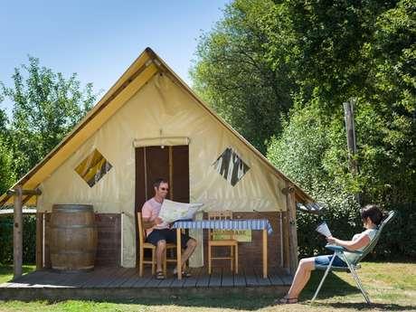Tente bois/toile Fée Viviane - Camping La Vallée du Ninian