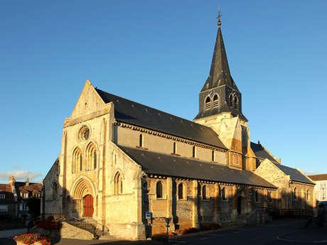Eglise Saint Sauveur (12e, 15e et 19e siècles)