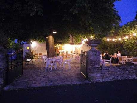Hôtel Restaurant Le relais de Nadaillac