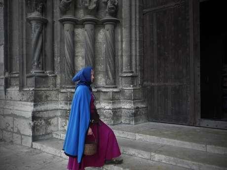 Chartres au Moyen Âge : quand l'Anuit choit