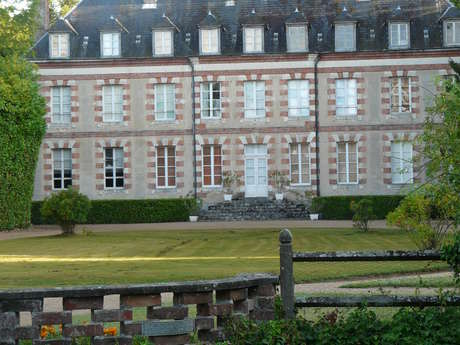 Les châteaux autour de Lanneray