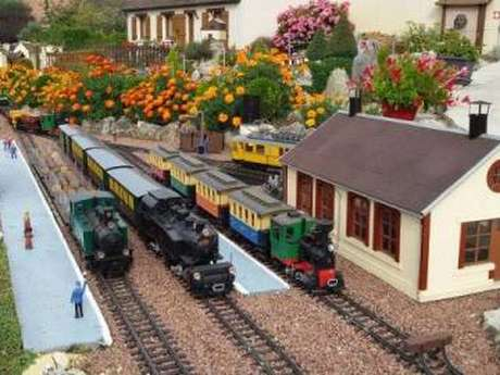 Le train de jardin de la famille Renard
