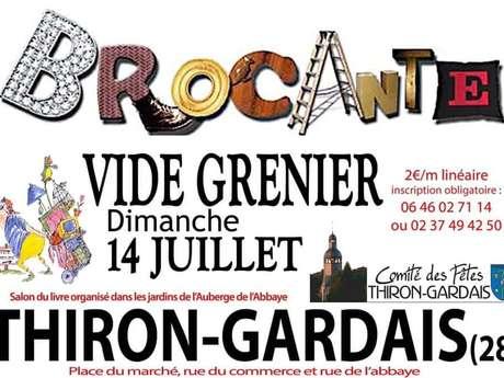Vide-grenier / Brocante / Salon du livre