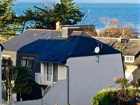 Grande maison proche plage de Caroual