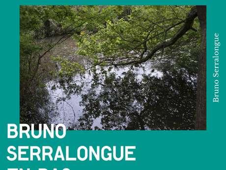 Exposition : En bas et à gauche de Bruno Serralongue