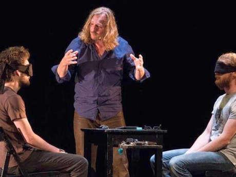 Cirque théâtre - Évidences Inconnues, Cie Rode Boom, Kurt Demey