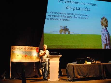"""""""Pesticides, perturbateurs endocriniens: les risques pour la santé"""""""